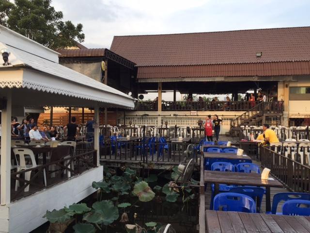 タイのカラオケ