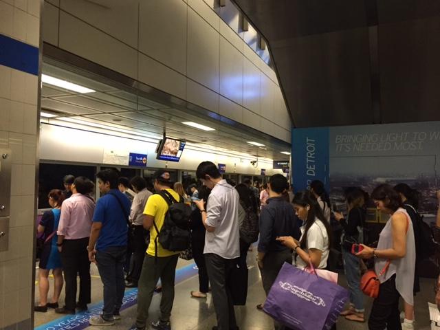 タイの通勤