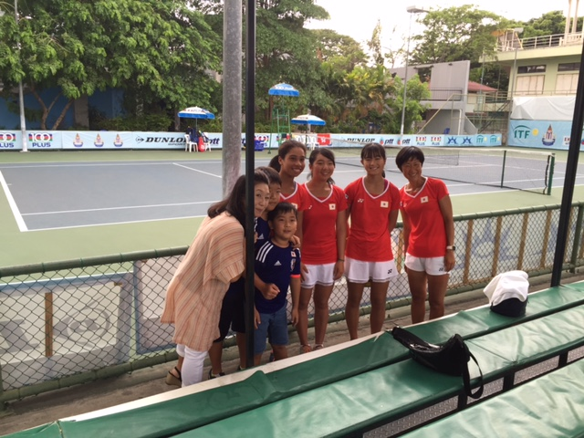 タイでの日本人テニス